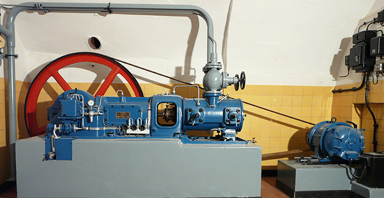 Restaurierung einer musealen Linde´s Eismaschine von 1936