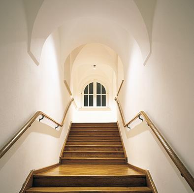 Restauriertes altes Treppenhaus