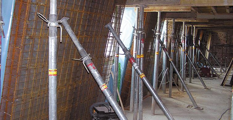 Dachschrägen des Mansardgeschoßes in spezieller schalungsloser Betontechnik