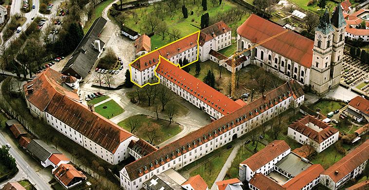 Luftaufnahme Benediktinerabtei aus Nordwest