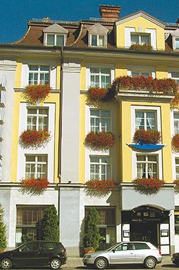 Hotelfassade Altbau