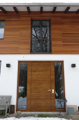 Hauseingang von außen